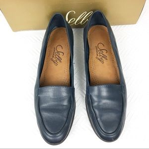 SELBY Shoes EUC Size 7N Navy blue